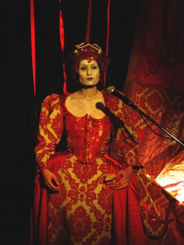 Rajni Shah as Elizabeth I in Mr Quiver. Photo by Theron Schmidt.